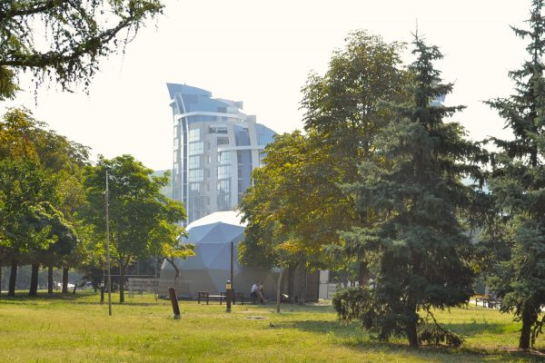 04-Front-Pictures_Moldova_8m_dome-1600px