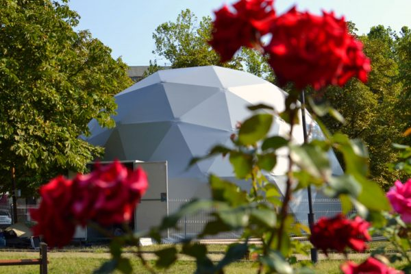 05-Front-Pictures_Moldova_8m_dome-1600px